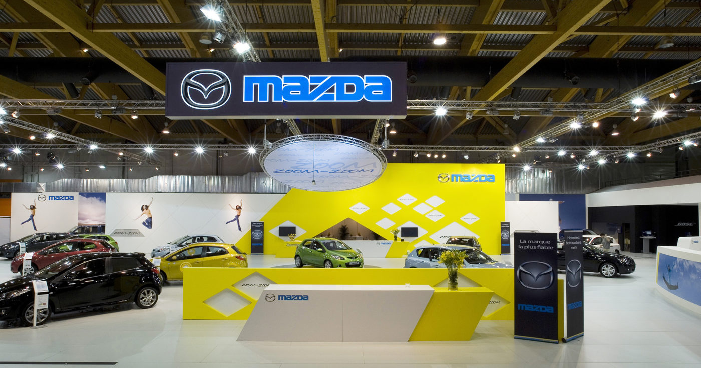 Interieur standenbouw Autosalon 2008 Brussel Mazda 2