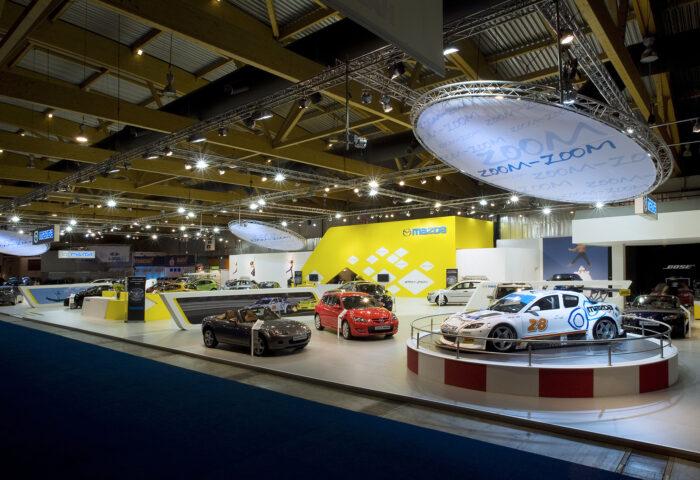 Interieur standenbouw Autosalon 2008 Brussel Mazda 3