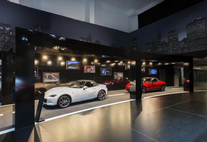 Interieur standenbouw Autosalon 2016 Brussel Mazda 5