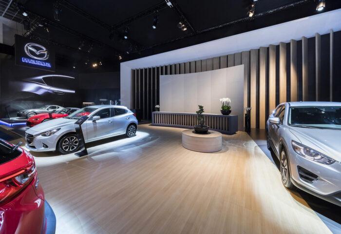Interieur standenbouw Autosalon 2017 Brussel Mazda 2