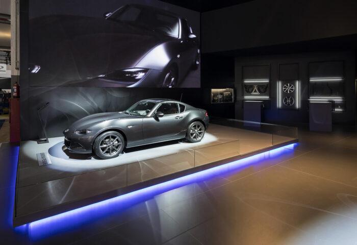 Interieur standenbouw Autosalon 2017 Brussel Mazda 3
