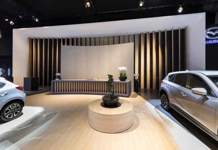 Interieur standenbouw Autosalon 2017 Brussel Mazda 6