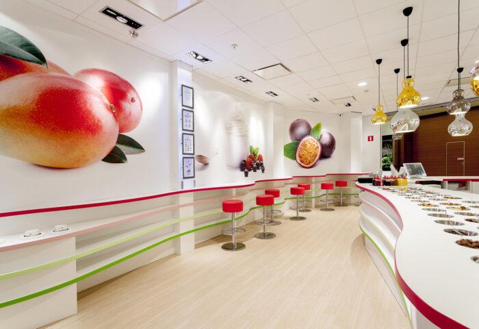 Interieurarchitectuur Retail Design Winkelontwerp Planet Yoghurt3