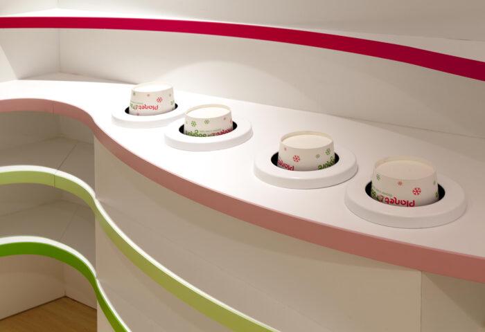 Interieurarchitectuur Retail Design Winkelontwerp Planet Yoghurt7
