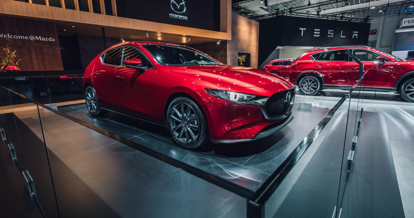 Interieur-standenbouw-Autosalon-2019-Brussel-Mazda-4