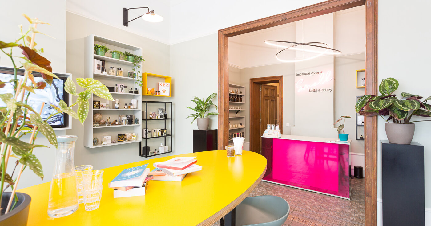 Interieurarchitectuur-Totaalinrichting-Retail-Design-Parfumerie-Smell-Stories-8