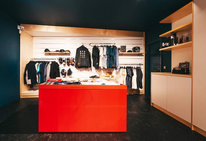Interieurarchitectuur-Totaalinrichting-Retail-Design-Winkelinrichting-Cyclewear-15