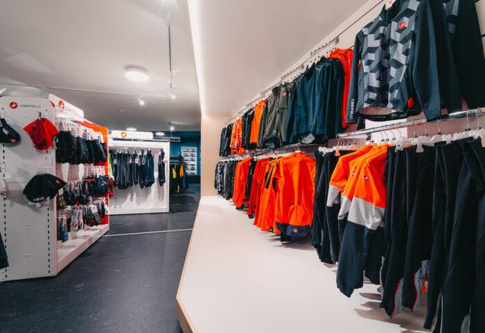 Interieurarchitectuur-Totaalinrichting-Retail-Design-Winkelinrichting-Cyclewear-16