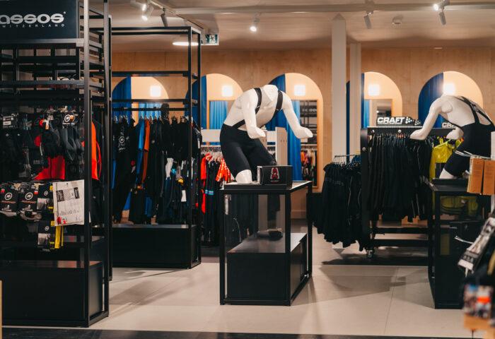 Interieurarchitectuur-Totaalinrichting-Retail-Design-Winkelinrichting-Cyclewear-19