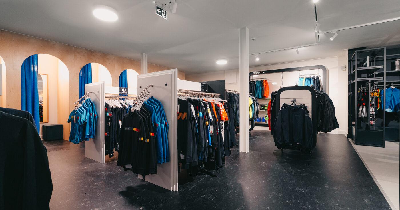 Interieurarchitectuur-Totaalinrichting-Retail-Design-Winkelinrichting-Cyclewear-20