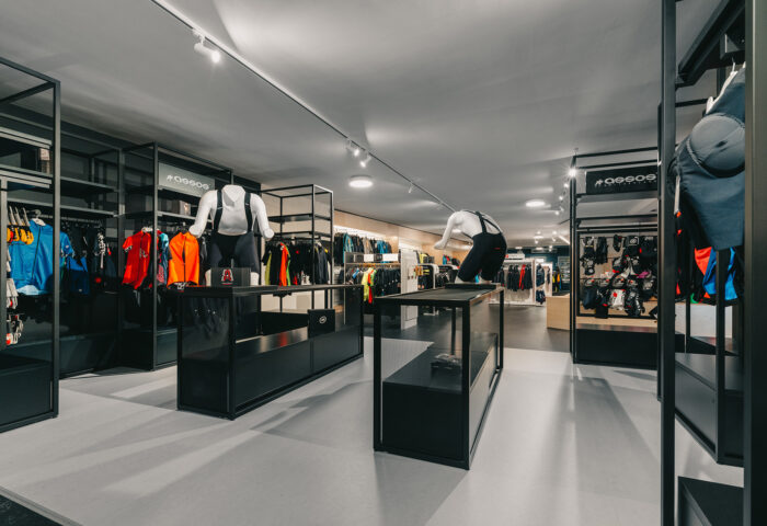 Interieurarchitectuur-Totaalinrichting-Retail-Design-Winkelinrichting-Cyclewear-21