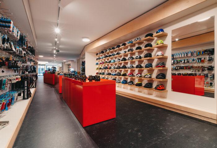 Interieurarchitectuur-Totaalinrichting-Retail-Design-Winkelinrichting-Cyclewear-24