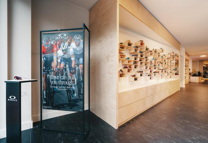 Interieurarchitectuur-Totaalinrichting-Retail-Design-Winkelinrichting-Cyclewear-3