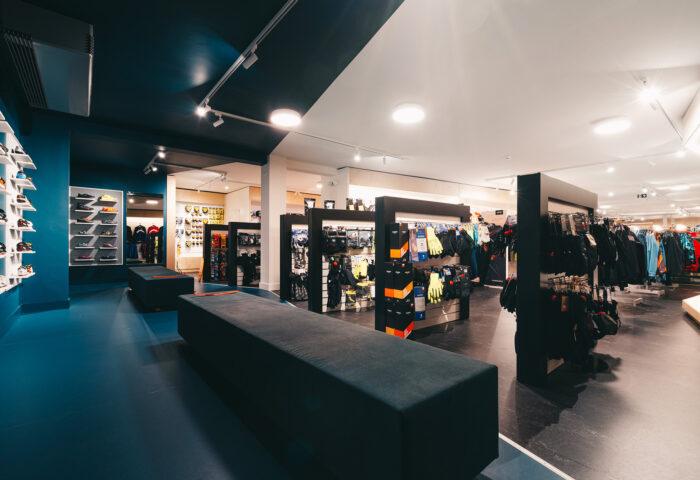 Interieurarchitectuur-Totaalinrichting-Retail-Design-Winkelinrichting-Cyclewear-8