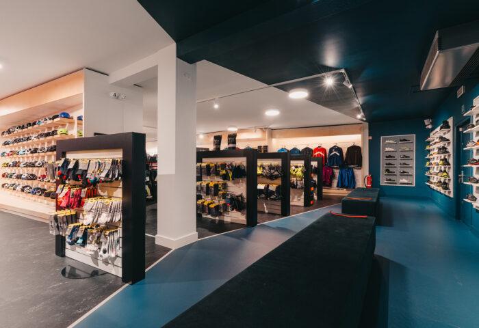Interieurarchitectuur-Totaalinrichting-Retail-Design-Winkelinrichting-Cyclewear-9